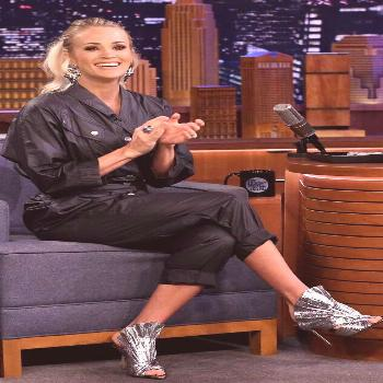 Carrie Underwood from The Big Picture: Today's Hot Photos  Shiny shoes! The singer rocks some amazi