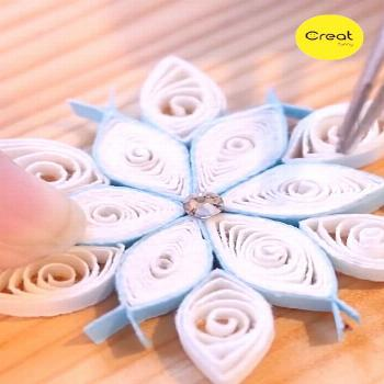 DIY - Quilling Cute Snowflake Flowers Completed in 5 Minutes, Creative Cute Handicrafts, Home Decor