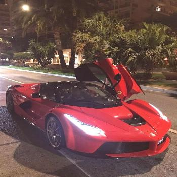 La ferrari night life Our online magazine, especially for lovers of luxury selects more high-qualit