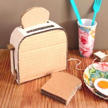 Mom's cardboard toy creations include a PAC-MAN console, Super 8 camera & a boom box   Inhabitots