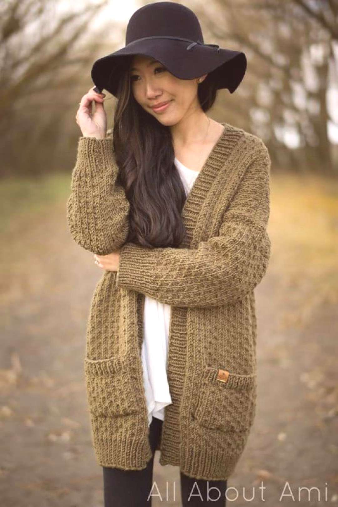 Pattern The Dotty Cardigan - All About Ami